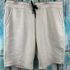 32 Degree's Men's Light Gray Jogger Sweat Shorts